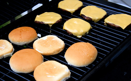 carbon footprint of cheeseburgers